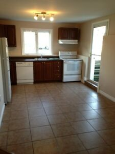 ALL INCLUSIVE 2 BEDROOM CLAYTON PARK WEST JULY 1ST