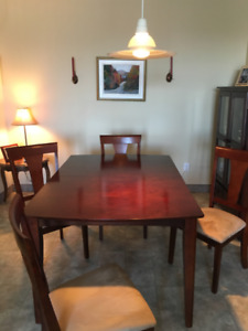 Ensemble Table & Buffet/ Table & China Cabinet