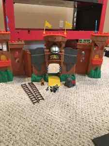 Castle toy set with dragons and troll Moose Jaw Regina Area image 2