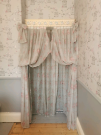 Floral Bed Canopy for Single Bed. Very Pretty!