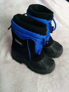 Totes brand Toddler winter boots like new size 7