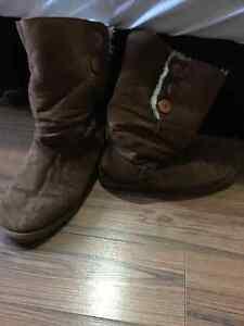 Women's Firefly Winter Boots- Beige Sz 9