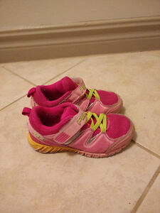 kids sneakers size 10 used