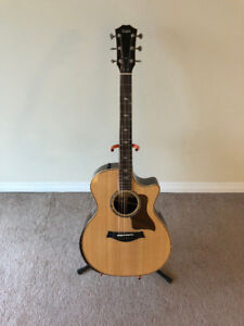 TAYLOR 814CE DLX - Perfect Condition - 2017 Model