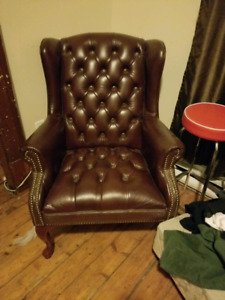 Genuine leather executive chair with cat damage