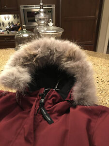 Womens Authentic Canada Goose Parka - As New Condition has tags