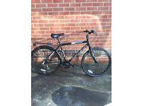 Challenge Crusade - Mens Hybrid Bike 19 inch frame - Excellent condition