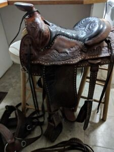 Eamor 1000 western saddle, matching cinches,breastplate & bridle