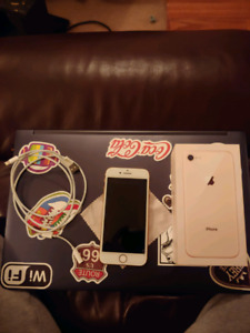 IPhone 8 64g Mint Condition!!