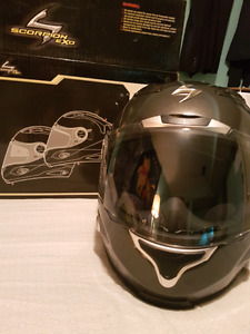 *Mint condition* Scorpion exo large helmet