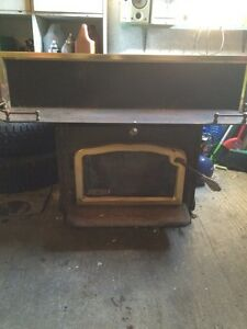 Wood stove kijiji free classifieds in norfolk county for Lakewood wood stove
