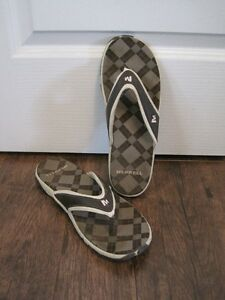 Merrell sandals size 10