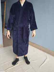 Alexander Julian Bathrobe One Size Fits All Oakville / Halton Region Toronto (GTA) image 1