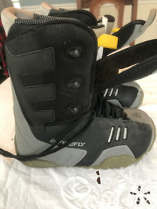 Snowboard boots- Men's- Size 8- Brand: Firefly