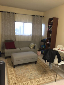 FLEXIBLE MOVE IN $902 Princess & Division Kingston Kingston Area image 1