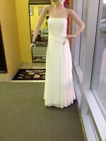 Ladies white size 10 corset back dress gown
