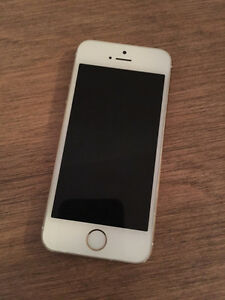IPHONE 5S 32GB COMME NEUF !!!!