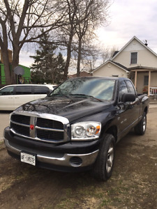 07 Dodge Ram 1500 4x4 5.7 Hemi safety and etested