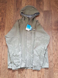Brand New Columbia HydroTech Packable Rain Jacket for men .