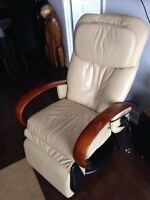Professional massage leather chair
