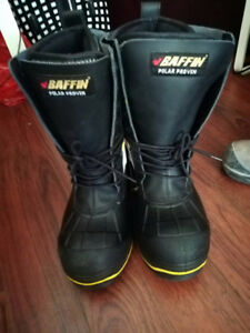 BAFFIN POLAR PROVEN steel toe boots and DUNLOP  steel toe boots