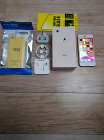 Like New Iphone 8 Bundle Unlocked 64GB Gold I Phone Eight