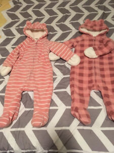 One-piece suits 6-12 months