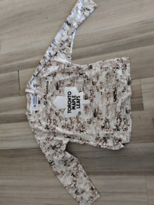 Worn once Maple Leaf Camo Military Reebok Jersey L