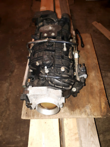 2011 gmc 5.3 intake manifold with fuel rails and injectors
