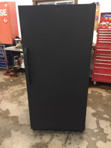 "full size freezer 32"" x 67"