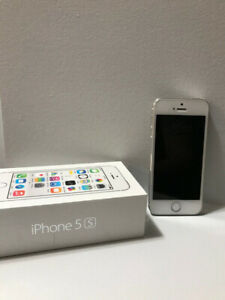 iPhone 5s White 16GB - 10/10 Condition