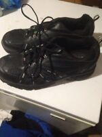 Men's size 15 steel toe shoes brand new