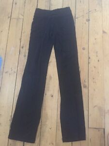 Lulu lemon Groove leggings size 4 Kingston Kingston Area image 1