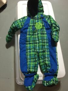 Jupa infant/baby one piece snowsuit with mittens and booties