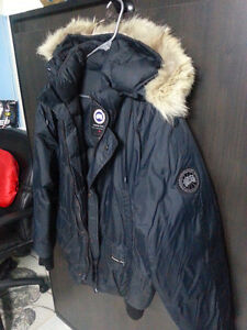 Canada Goose Yukon Bomber ( Black Label ) Limited Edition