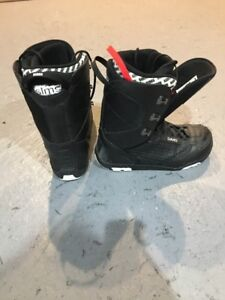SIMS SNOWBOARDING BOOTS SIZE 10.5US