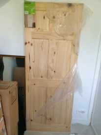 Colonial Knotty Pine