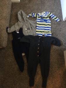 Baby jumpers and sleepers (24 months) 4 items