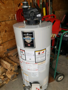 Bradford White N Gas Hot water tank with power vent