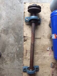 Shaft pour scie ronde (arbre à roulements)