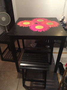 High Table w/4 Chairs
