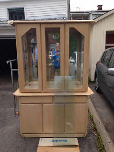 Display Cabinet & Hutch