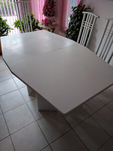 7 piece dining room table $199 or best offer.