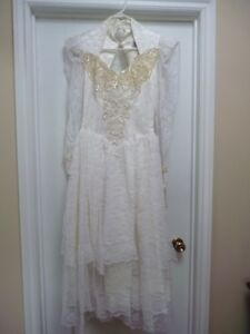 Lilia Smith Western Lacey Wedding Dress NEW W/ TAGS orig $499