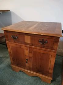 Small Vintage cabinet chest.