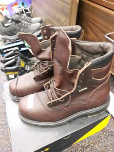 Red Wings Size 12 - Allstarpawn