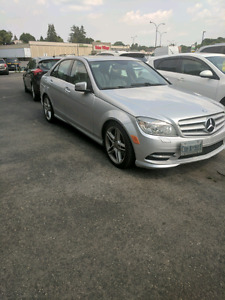2011 Mercedes-Benz C350 4matic AMG sport package