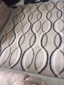 "Modern floor rug with curvy line pattern AND 84"" curtains"
