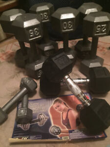 Set of 4 pairs of weights  20lbs to 35 lbs