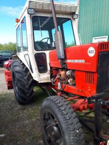 Tracteur belarus 820 4x4